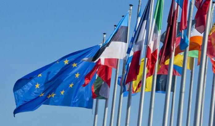 bandiere degli stati europei e dell'Europa