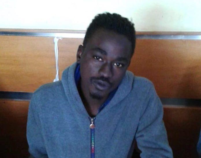 Samora Moussa, 22 anni, proveniente dal Senegal, richiedente asilo, ospite in un Centro di accoglienza di Centallo