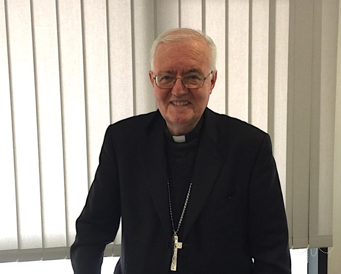 mons. Cesare Nosiglia, arcivescovo di Torino