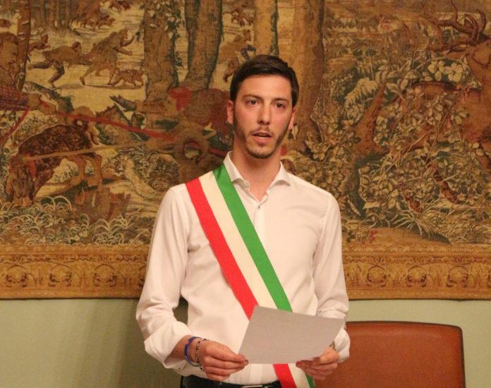 gastaldi flavio in fascia tricolore giura da sindaco