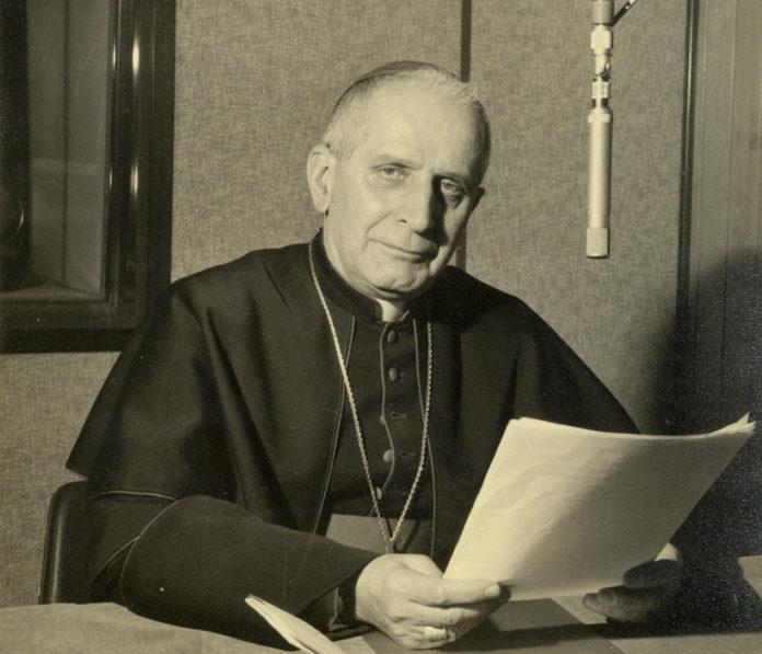 Il cardinal Michele Pellegrino a A Radio Vaticana