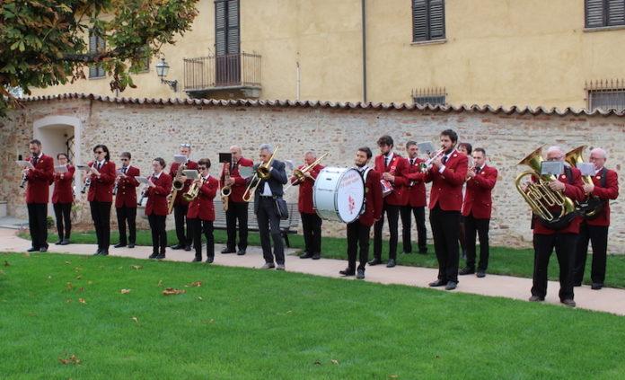 La Banda musicale di Bene Vagienna durante un'esibizione