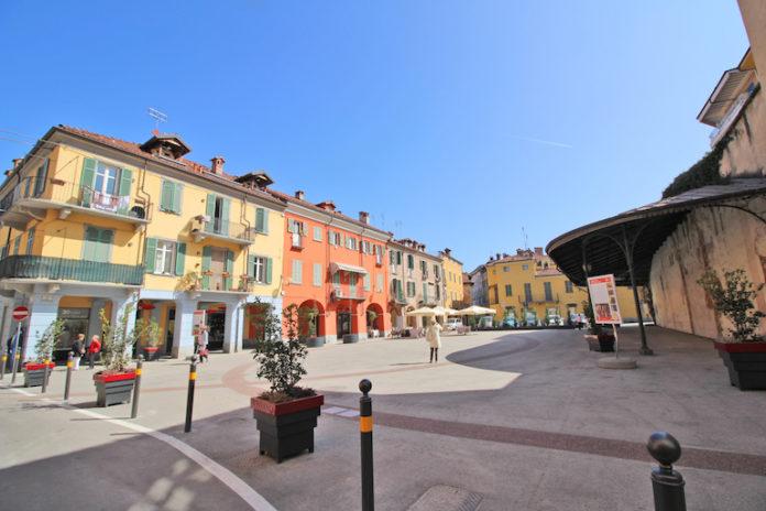 Piazza Uova Isola Pedonale