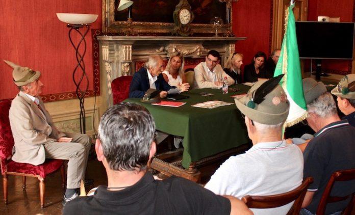 La conferenza stampa per la presentazione del Raduno degli alpini della Piana cuneese, in programma a Fossano