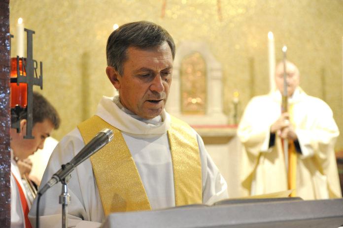 il vescovo di Mondovì mons Egidio Miragoli