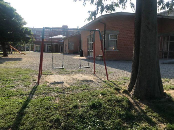 Il cortile della scuola dell'infanzia Rodari fossano