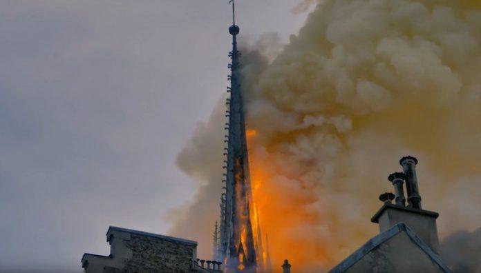 L'incendio di Notre-Dame a Parigi il 15 aprile scorso