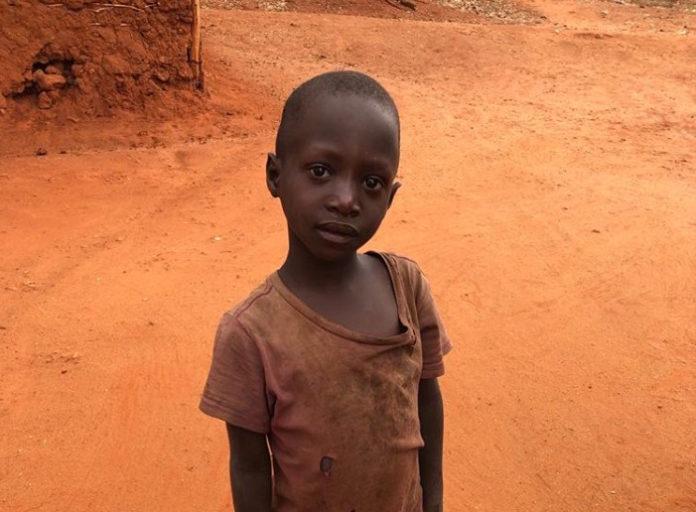 un bimbo dei villaggi della missione di Same, in Tanzania