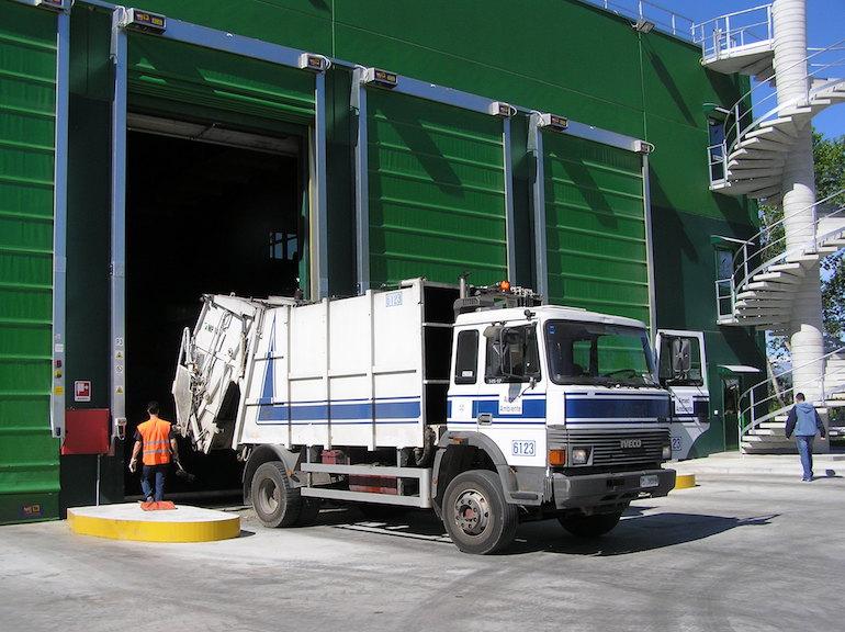 Fossano, il porta a porta nelle frazioni vale 764 tonnellate di rifiuti in meno in discarica - La Fedeltà