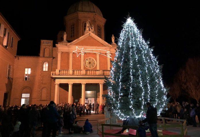 Cussanio accensione albero di Natale 2018