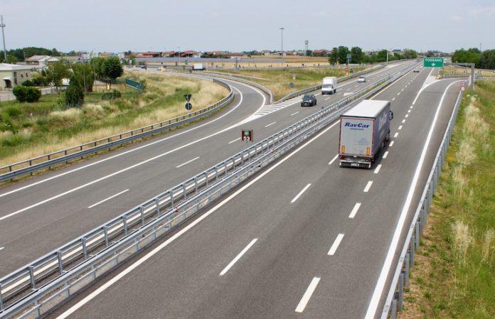 L'autostrada Torino-Savona a Fossano