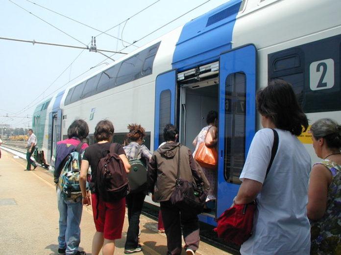 Un treno in partenza