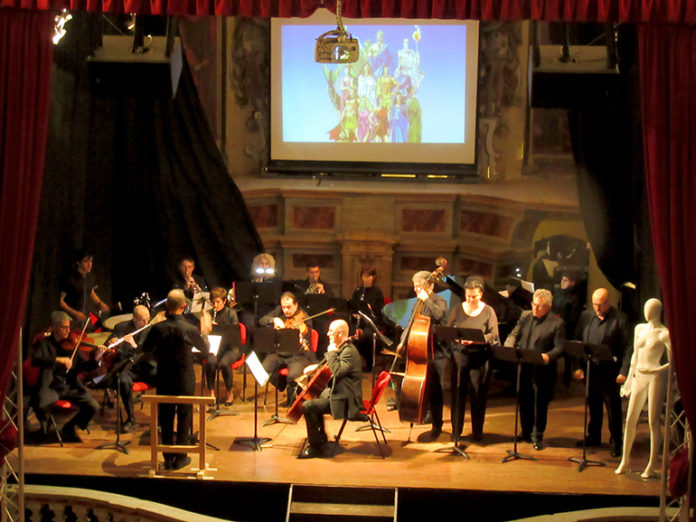 L'orchestra Easy Opera