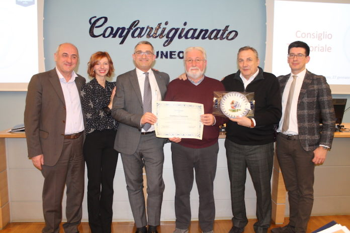 Gianfranco Canavesio in pensione premiato da Confartigianato