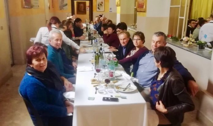 Un momento della Cena dei contadini a Bene Vagienna