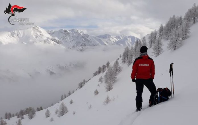 Carabinieri forestali in montagna