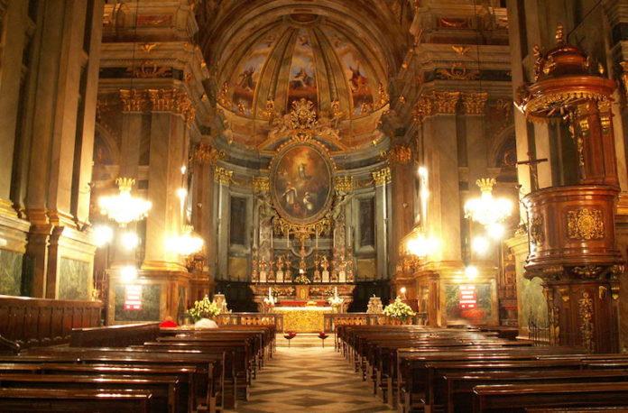 Duomo Fossano interno