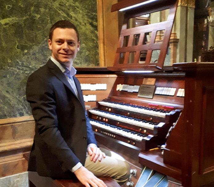 Organo Della Cattedrale - Adamo Riccardo