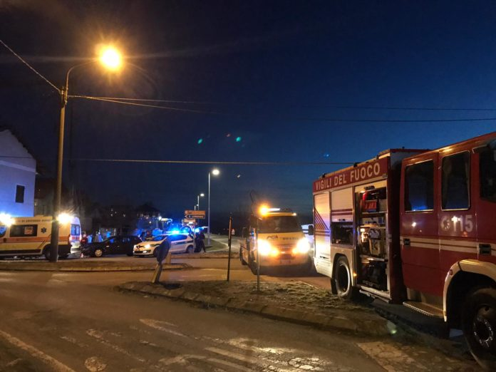 scontro tra furgone e veicoli a san lorenzo