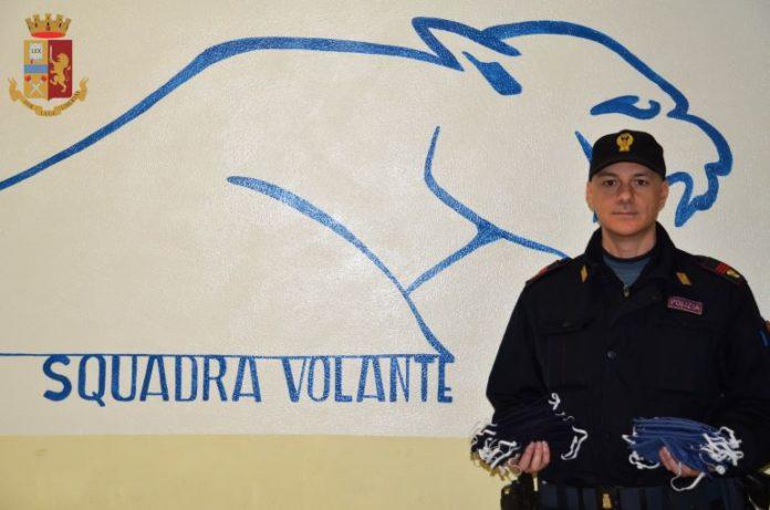 Le mascherina che una sarta di Vignolo ha donato alla Polizia di stato