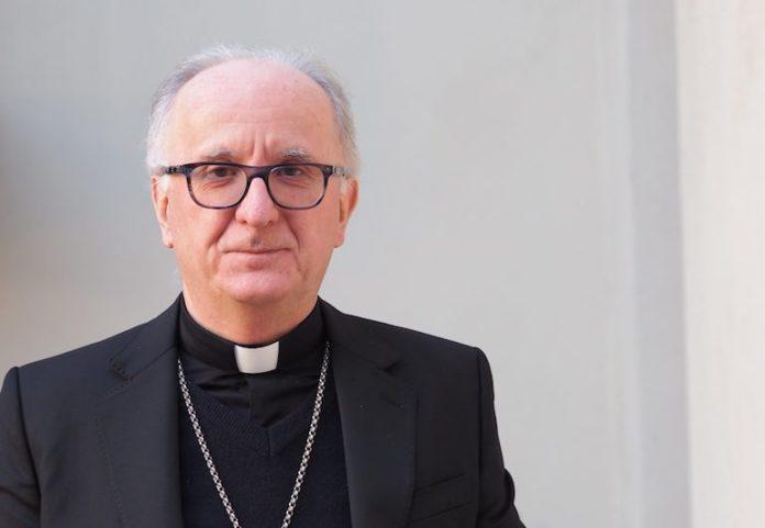 mons. Derio Olivero, vescovo di Pinerolo