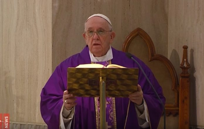 Papa Messa Santa Marta