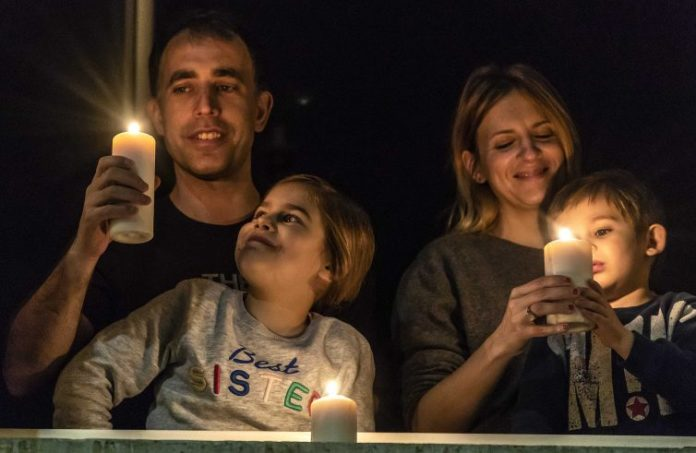 Preghiera Rosario in famiglia