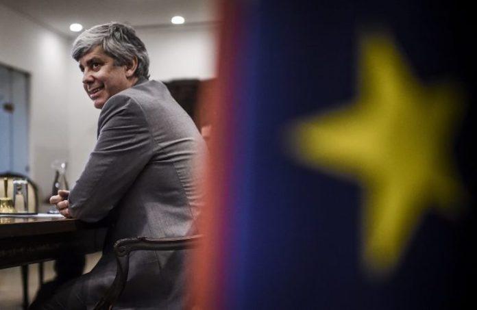 Il presidente dell'Eurogruppo Mario Centeno durante la videoconferenza del 9 aprile fra i ministri delle Finanze Ue (foto SIR/UE)