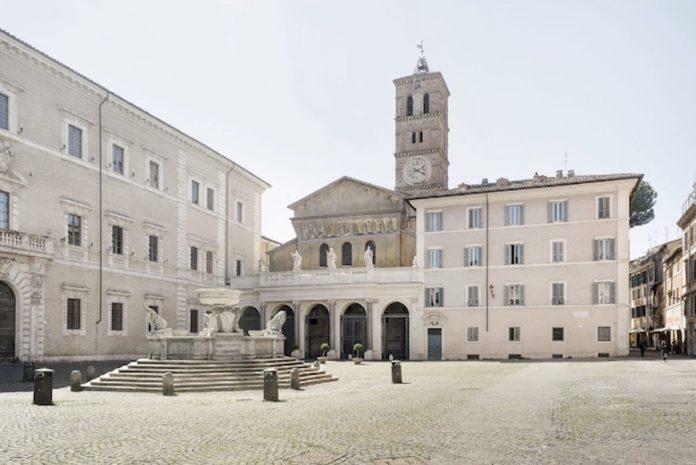 Roma: piazza Santa Maria In Trastevere
