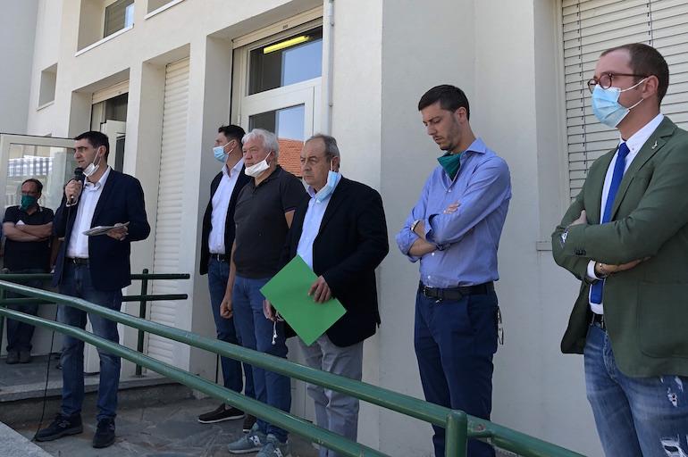 appresentanti istituzionali alla protesta allevatori suini