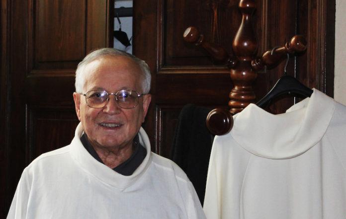 Don Antonio, parroco di Bene Vagienna, festeggia i 50 anni dall'ordinazione
