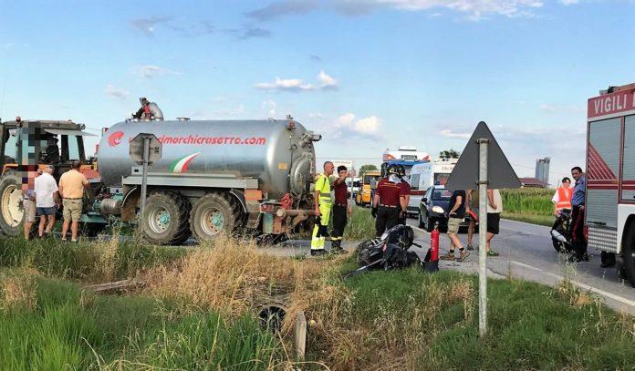 Grave incidente fra una motocicletta e un trattore in località San Martino