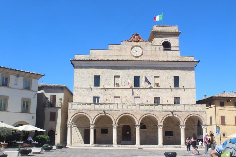 Montefalco, il Municipio