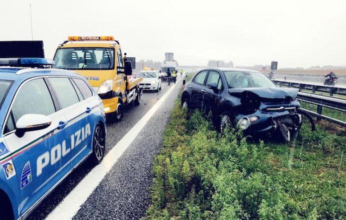 Incidente lungo la A6 all'altezza di Marene