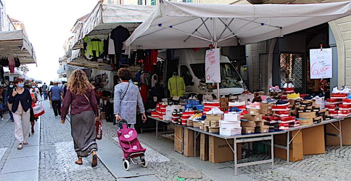 Mercato via Roma