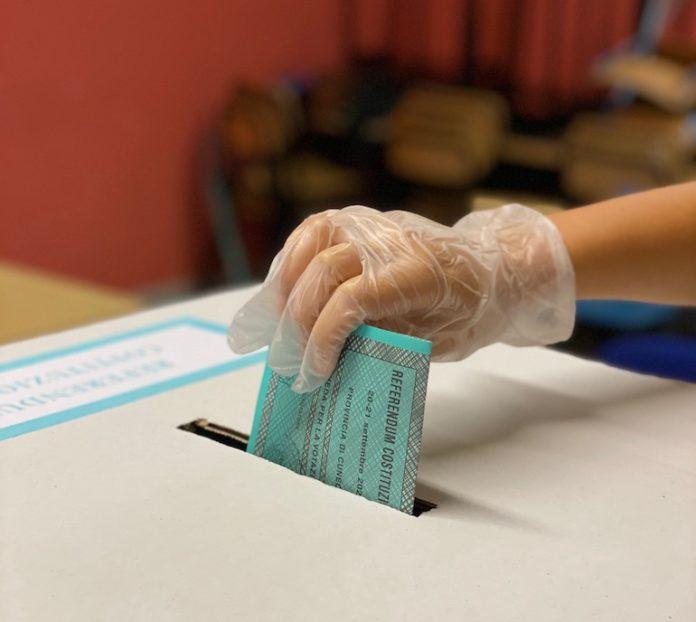 Referendum costituzionale urna