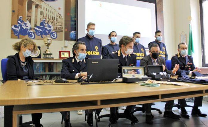 La Polizia presenta i dettagli dell'operazione