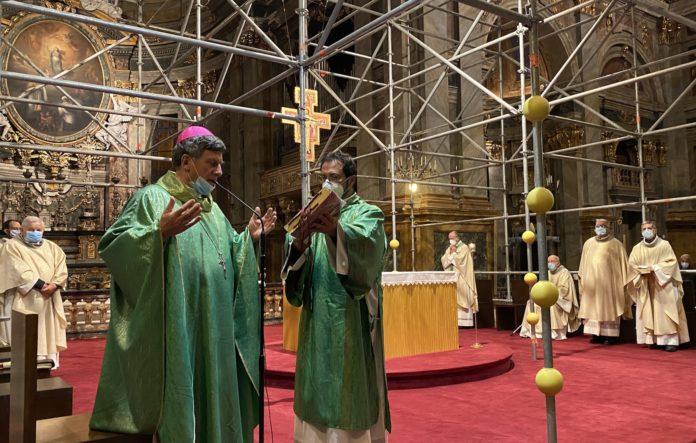 Il vescovo di Fossano e Cuneo presiede la messa (Fossano, 7 novembre 2020)