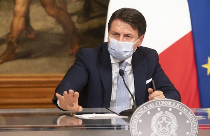 Giuseppe Conte Conf Stampa Feste Natalizie
