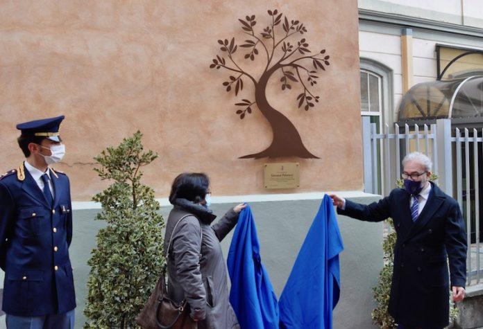 Una targa ricorda, a Cuneo, Palatucci, il questore di Fiume ucciso dai nazisti