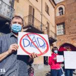No DAD flash mob