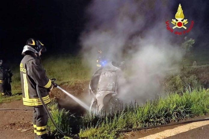 Incidente stradale a Marene: l'auto si è incendiata