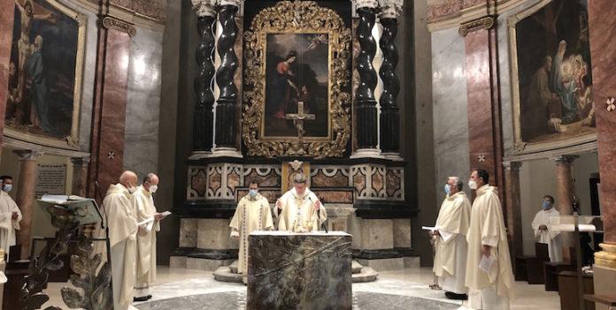 celebrazione di apertura mese mariano