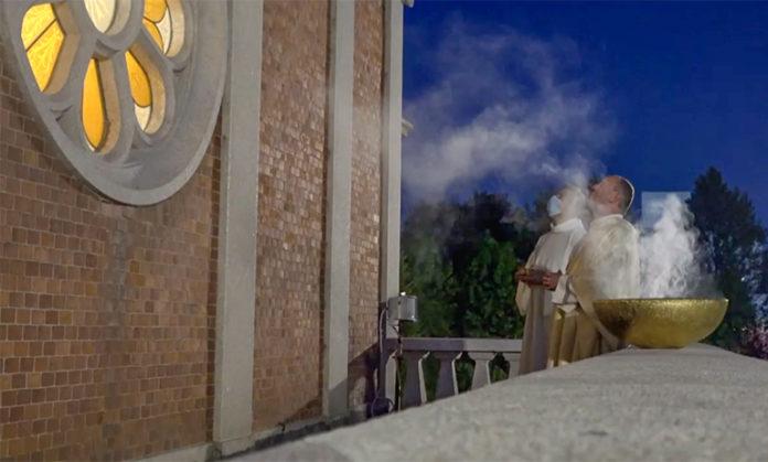 Cussanio chiusura mese mariano0
