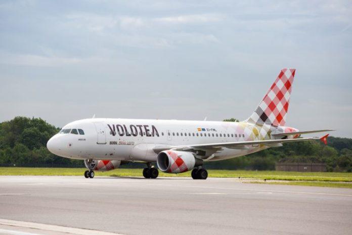 Debutta il volo per Olbia dall'aeroporto di Cuneo