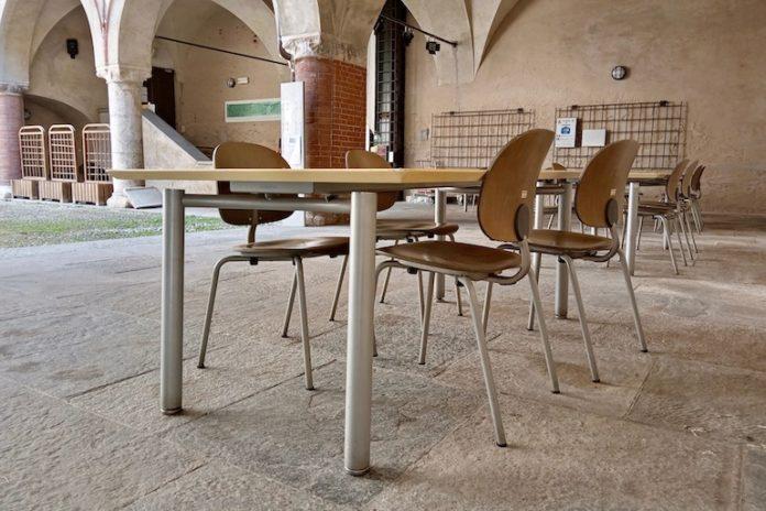 I tavoli della biblioteca