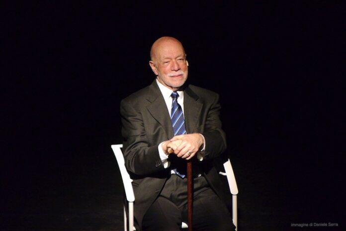 Piero Nuti sul palco di Roncaglia