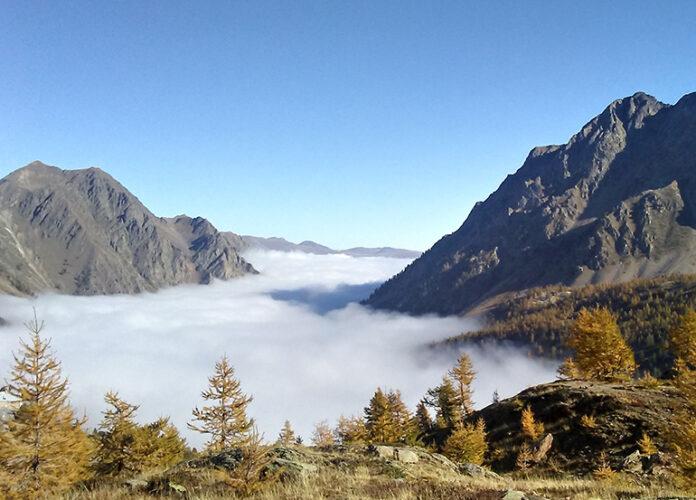 Giro Dei Laghi Di Sant Anna Sopra Le Nuvole