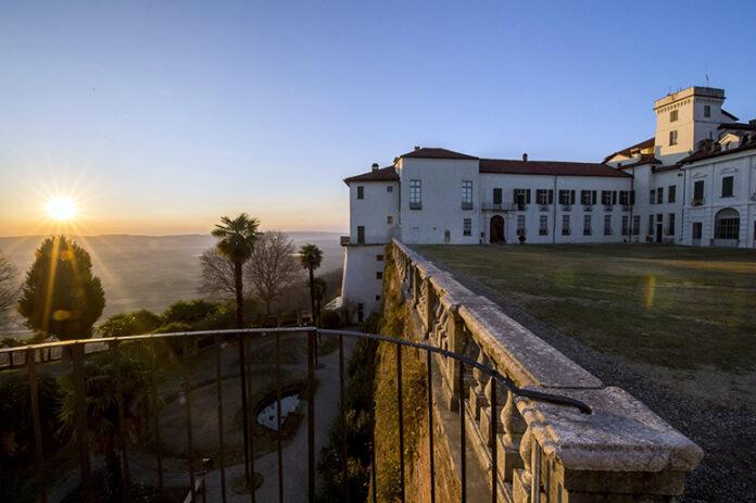 Masino Castello e Parco al Tramonto