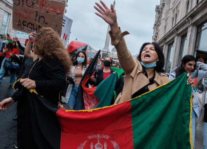 Manifestazioni contro la guerra in Afghanistan a Londra
